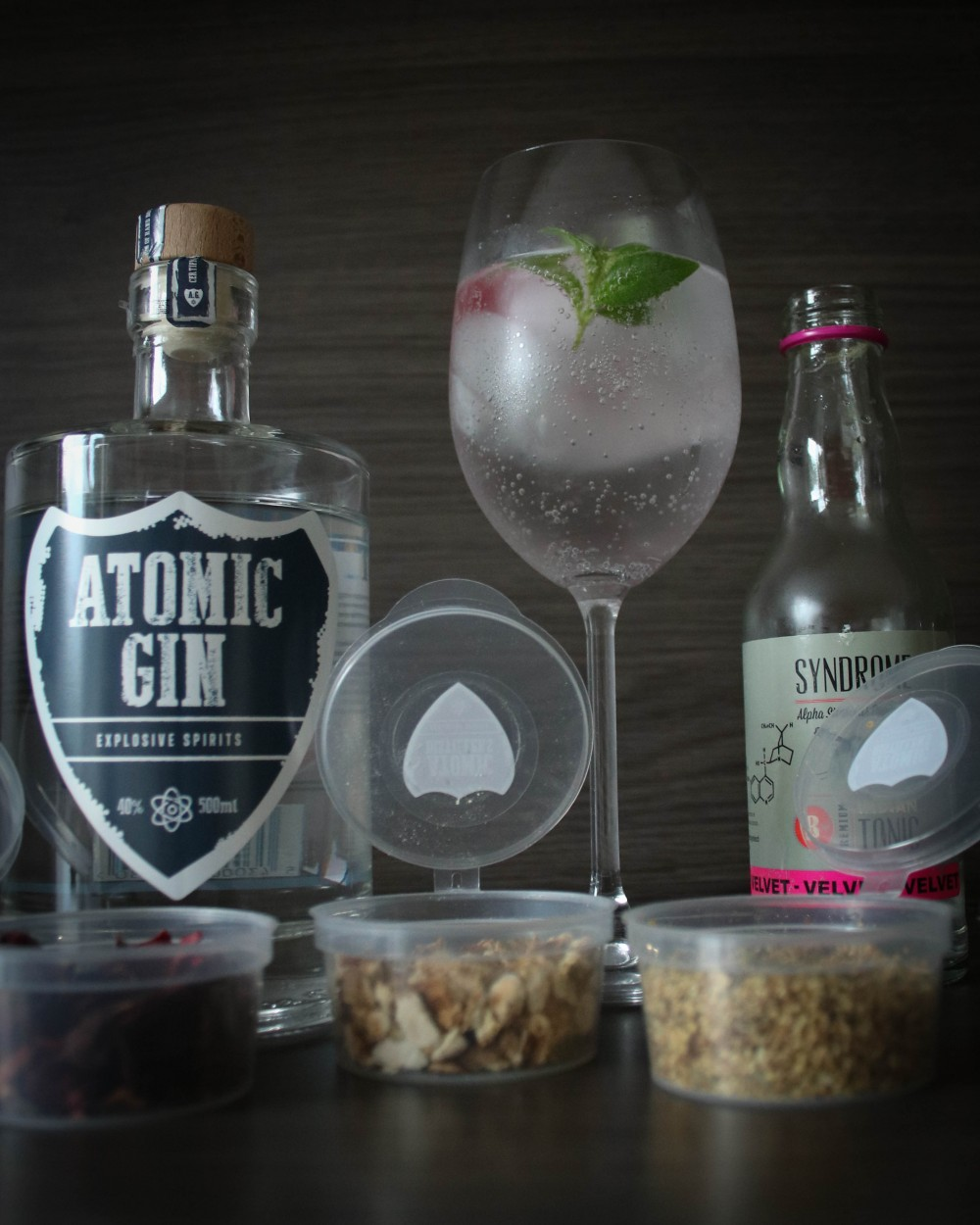 Belgian Gin tonic Recipe (Atomic Gin and Syndrome Tonic)