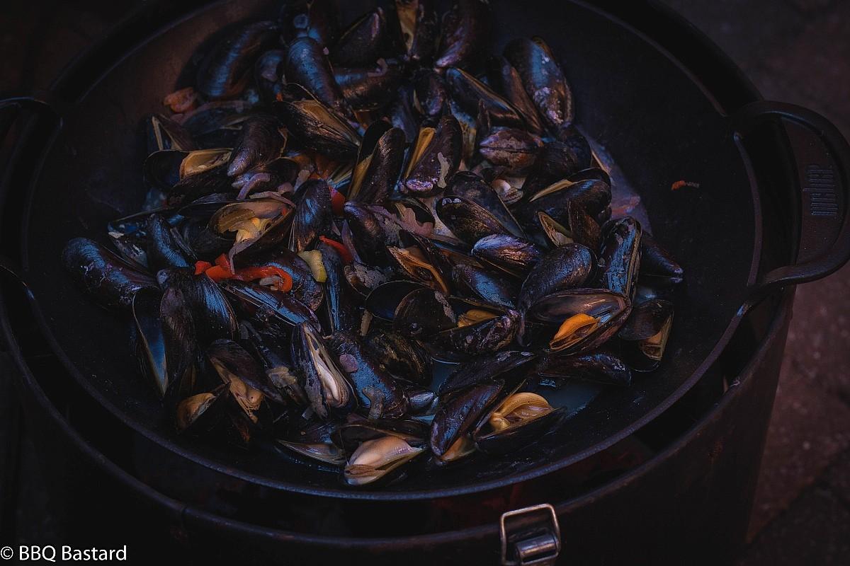Hopus Beer braised smoky mussels + Santa Maria style rub