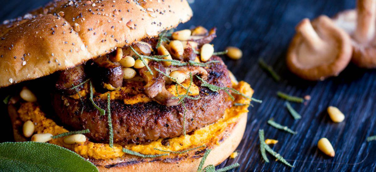 Hamra Harvest Burger – Pumkin Humus