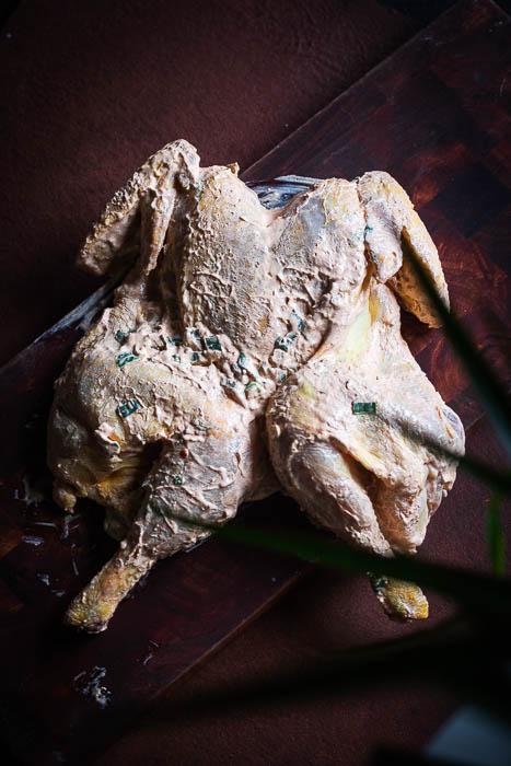 Marokkaanse gegrilde kip in zure room