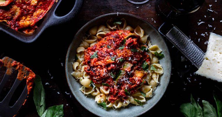 Romige courgetteschotel uit de houtoven met pasta
