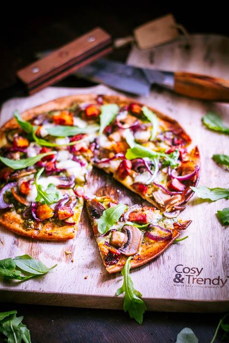 platbrood pizza met groene pesto