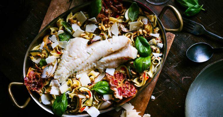 Roodbaarsfilet op de BBQ met citroen pasta